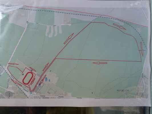 Mapa trasy - opačně orientovaná (pověšená)
