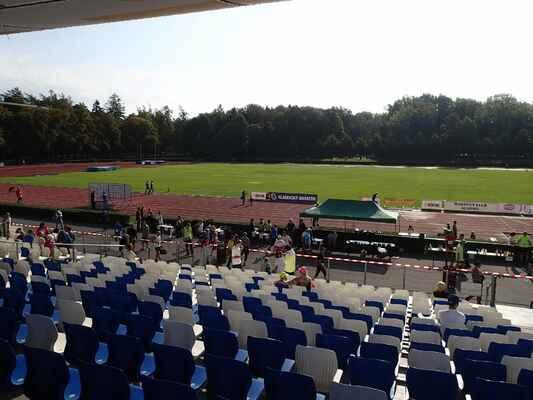 Městský atletický stadion Sletiště