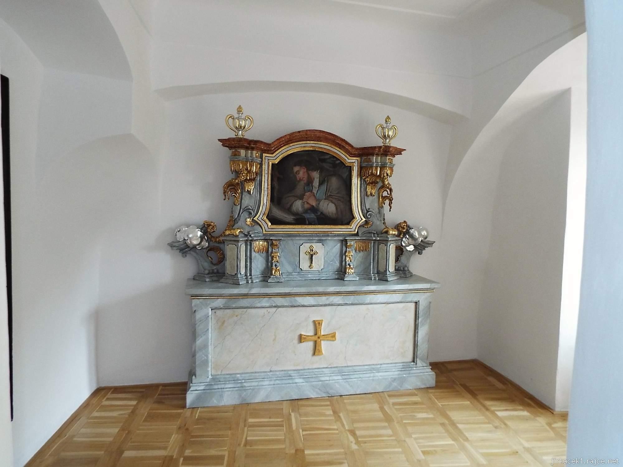 zámek Miroslav 41 - bývalá tvrz - kaple