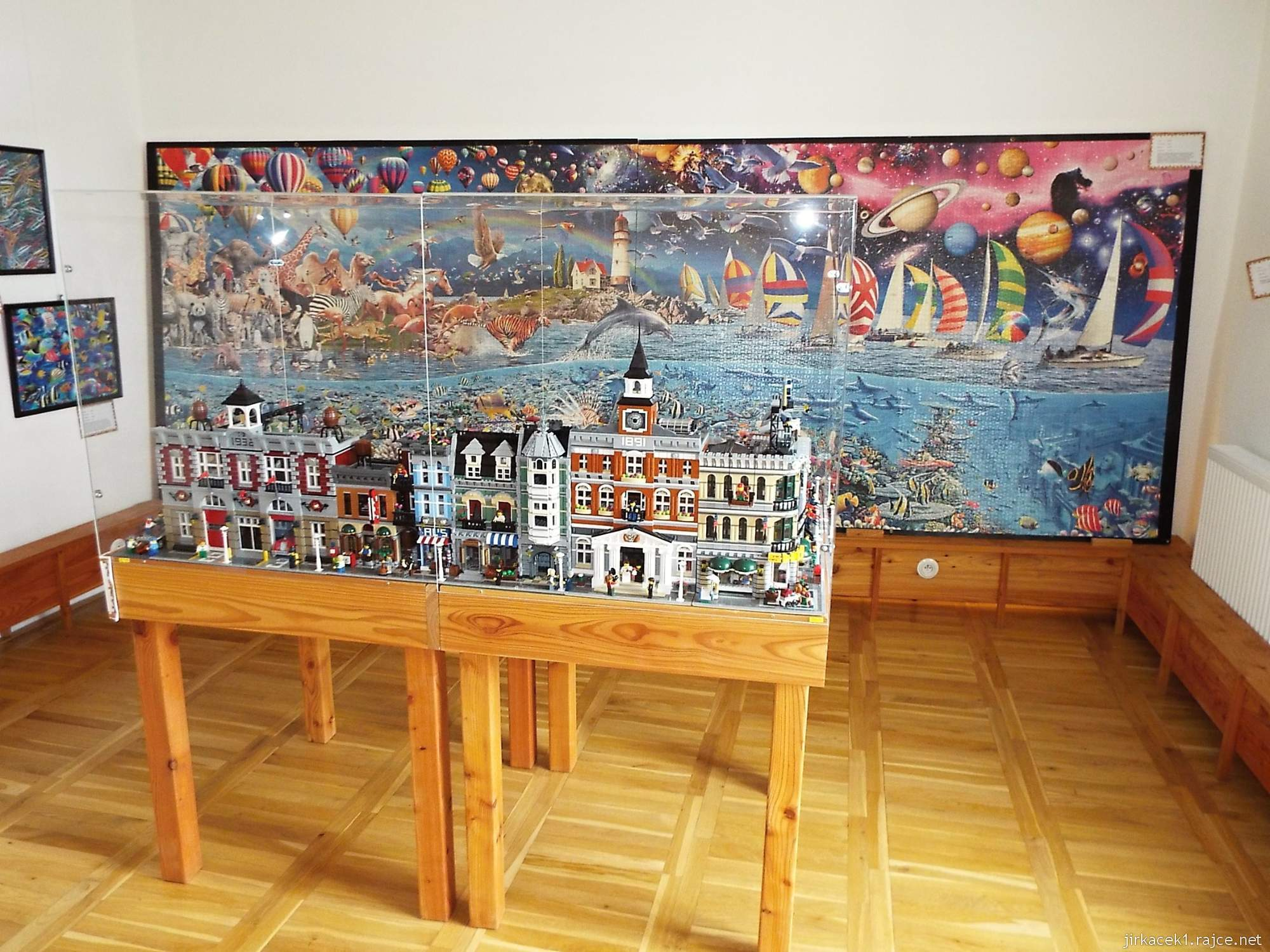 zámek Miroslav 52 - bývalá tvrz - Modely stavebnice Lego od Daniela Sterzika
