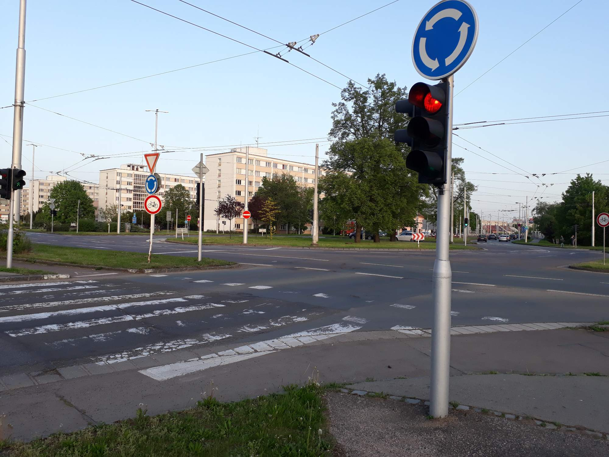 Kruhový objezd na Brněnské. Foto: Kateřina Bečková