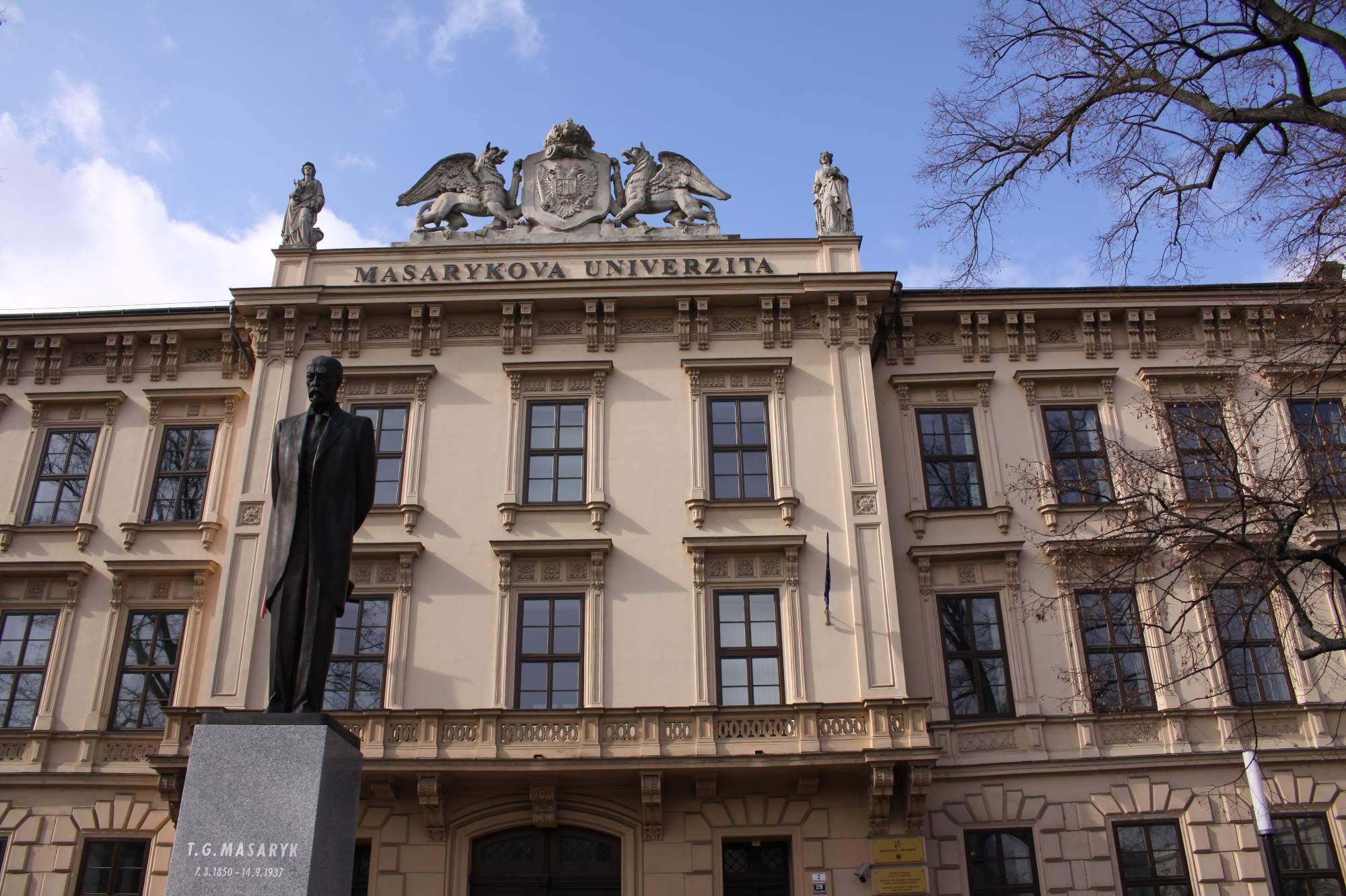 Budova Masarykovy univerzity na Komenského náměstí, foto: Kateřina Bečková