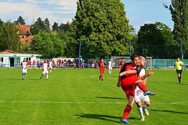 Viktoria Želešice - FC Veverská Bítýška 4:2 (1:0) - přímý souboj o vítězství v okresním přeboru 2018
