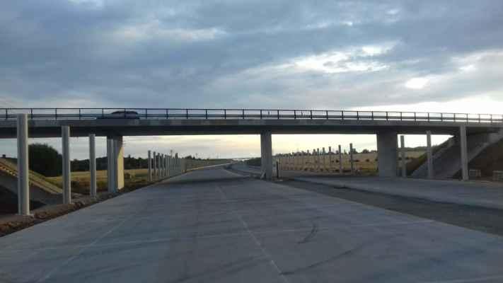 Nadjezd silnice do Vinar z Lýsek (od OVY)