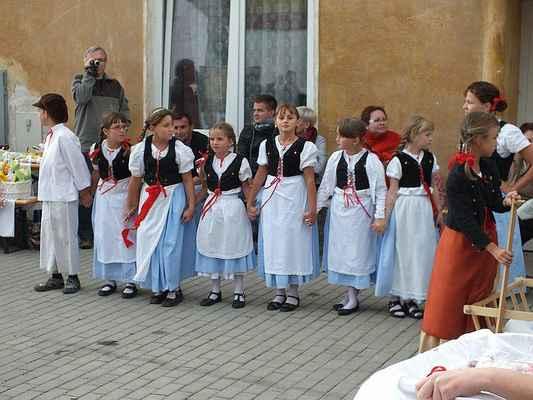 Děti z Borověnky při DDM Boskovice.
