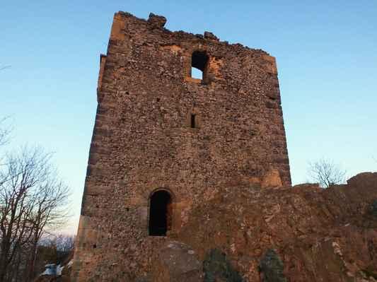 jedna z obytných věží...