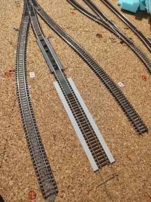 Stanice a okolí - Tři koleje depa, vlevo bude pískování, uprostřed výtopna, vpravo jen odstavná kolej.