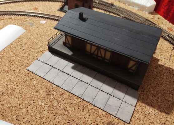 Stanice a okolí - Zkusmo položené skladiště a panely. V tuto chvíli probíhal teprve návrh prostoru, zkoušel jsem.